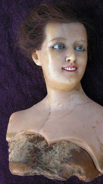wax_mannequin_2.JPG
